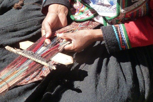 Chinchero weaver